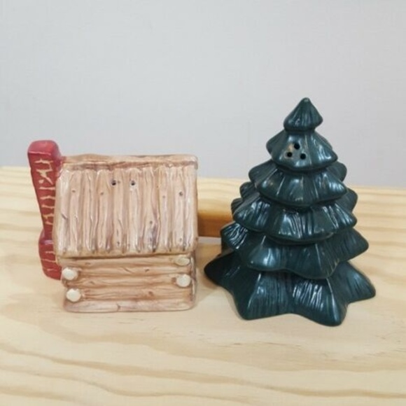 "Other - Log Cabin 2.5"" Tall and Pine Tree 4"" Tall  Salt an"